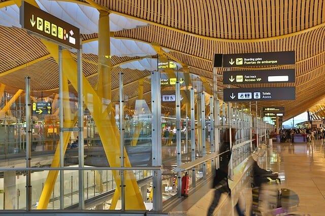 נמל התעופה מדריד-בראחס